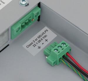 Morsettiera con ingresso alimentazione CC con connettore di bloccaggio