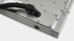 Piastra di copertura per uscita cavi per canalizzazione IP65/IP66 per monitor industriali per montaggio universale