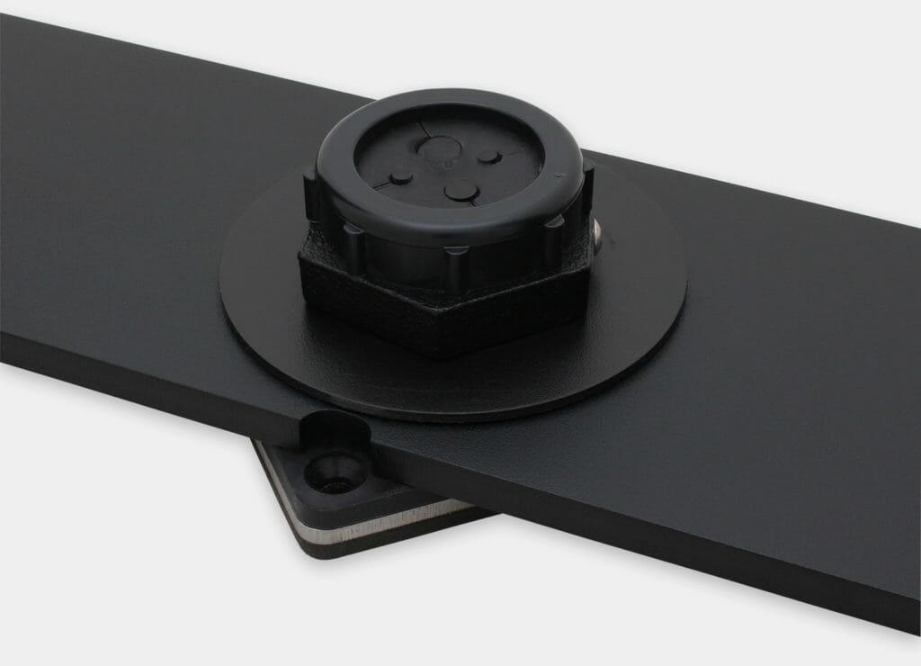 Kit per montaggio della forcella su banco IP20/IP54 per monitor per montaggio universale